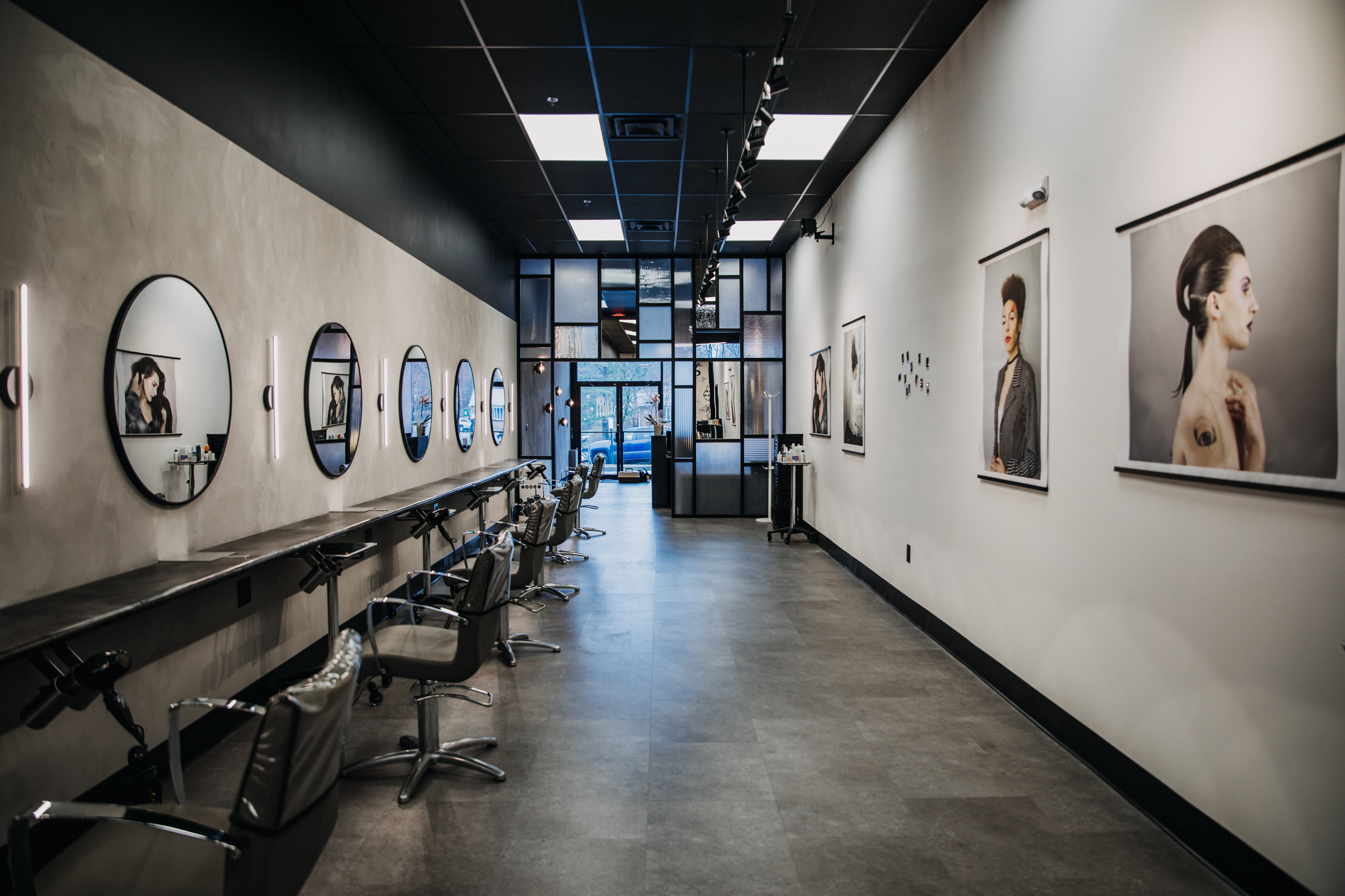 The L Salon Stylist section